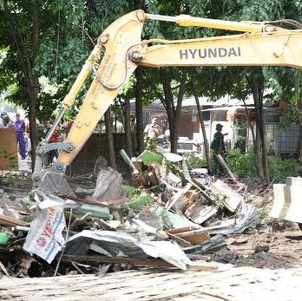 Lima Persil Bangunan di Simpang Dukuh akan Dibongkar