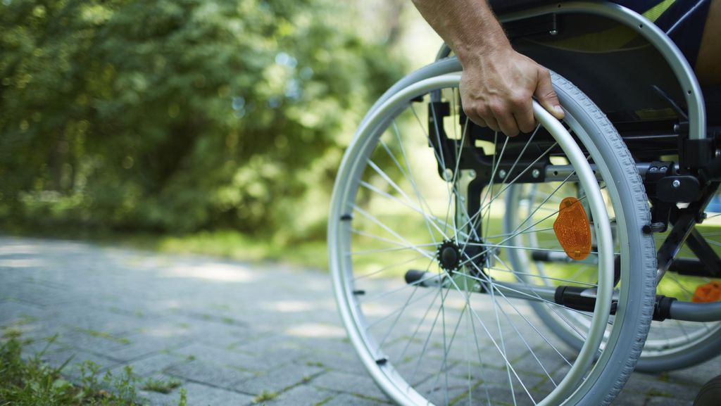 Kanya Puspokusumo Buktikan Kursi Roda Bukan Penghalang untuk Berkarya