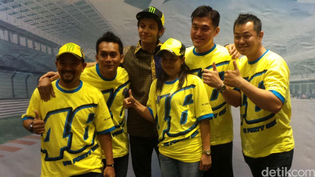 Valetino Rossi Sapa Fans di Bali