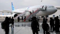 Sempat Delay Akibat Cuaca dan Erupsi, Penerbangan Garuda Lancar Lagi