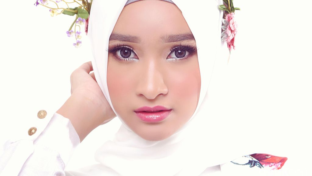 Yuk Tonton Sekarang Streaming Hijab Hunt Story di detikcom!