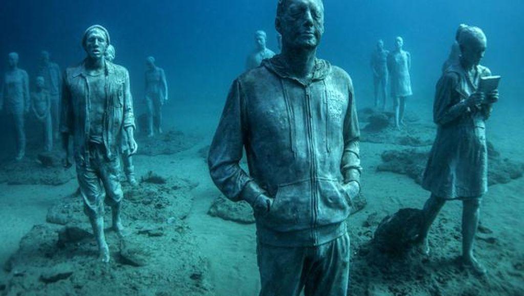 Menikmati Sensasi Museum di Dasar Laut
