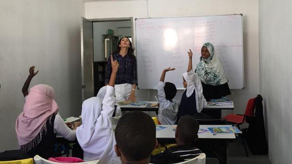Eks Ratu Kecantikan Malaysia Jalankan Sekolah Pengungsi