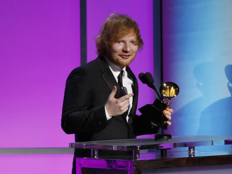 Ed Sheeran Dikabarkan Siapkan Lagu untuk Westlife