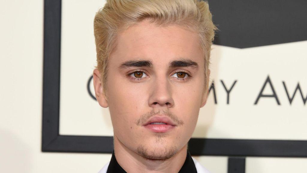 Jelena is Over! Justin Bieber Ingin Hapus Tato Selena Gomez di Tubuhnya
