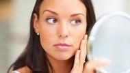 Mana yang Paling Bikin Ibu Cepat Tua: Stres atau Merokok?