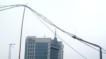 Ini Kabel Menjuntai yang Sebabkan Mobil BR-V Jatuh di Kelapa Gading
