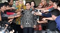 Ketua Dewan Komisioner OJK Datangi KPK