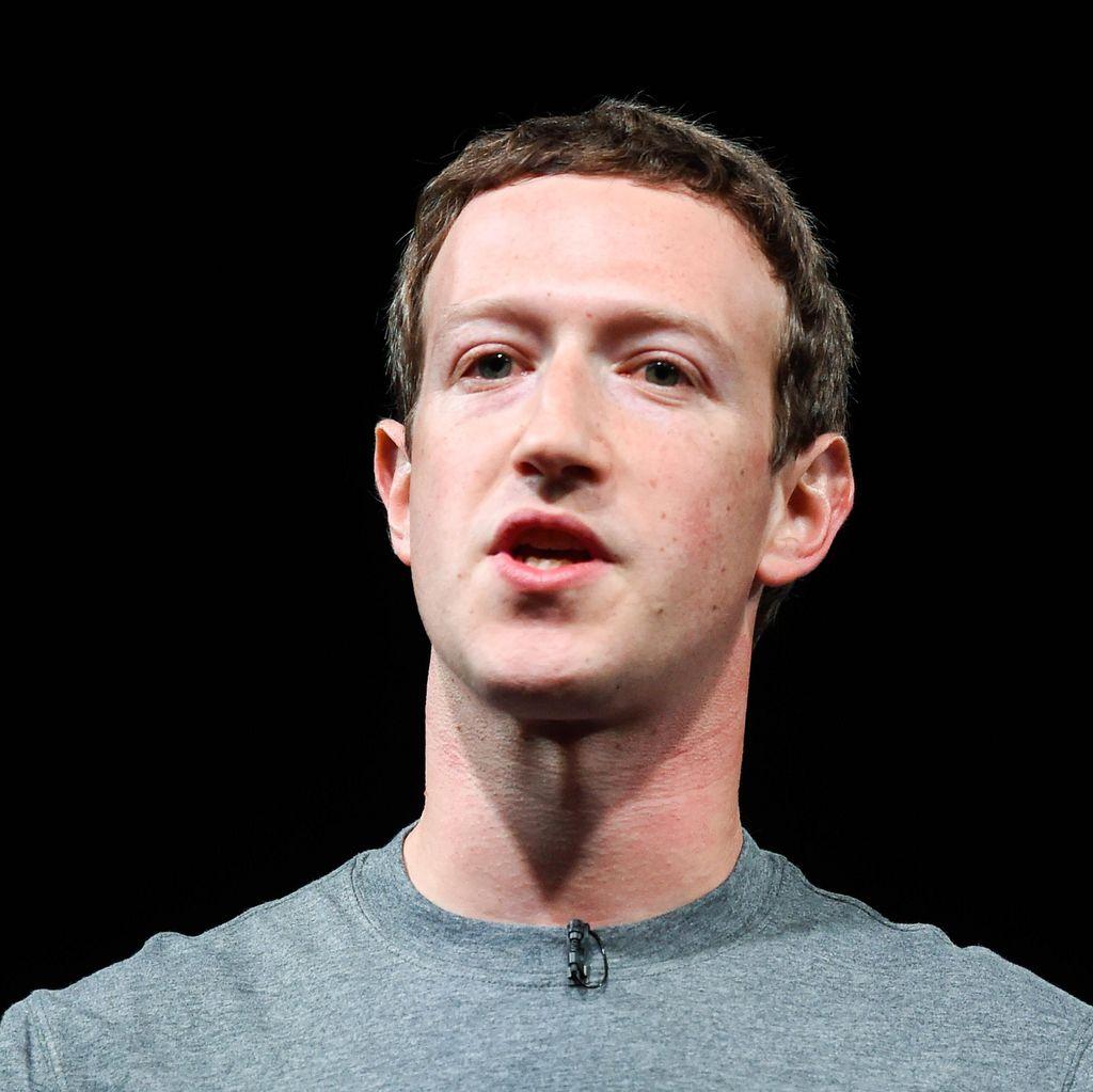 Krisis Facebook Berujung Zuckerberg Terjungkal?
