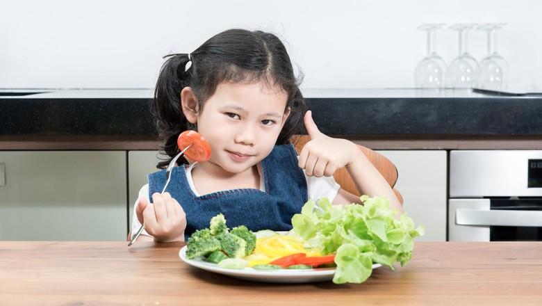 Cara Ini Bisa Bikin Anak Doyan Makan Sayur Lho/ Foto: thinkstock