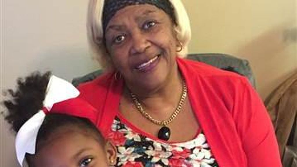 Bocah 5 Tahun Ini Selamatkan Sang Nenek yang Buta Saat Rumahnya Kebakaran