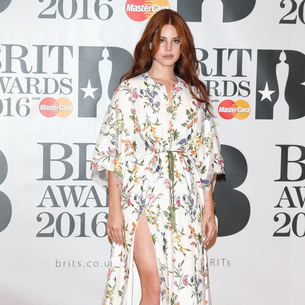 Lana Del Rey Jadi Perempuan Ketiga yang Masuk Billboard 200 dalam 300 Minggu