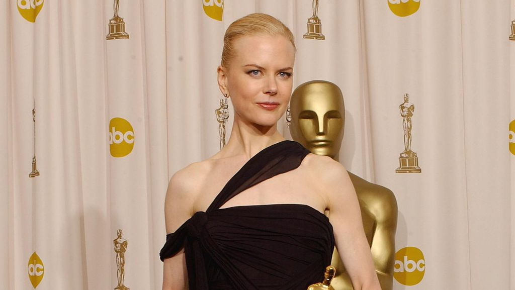 Deretan Aktris Bergaun Terbaik Saat Menerima Oscar Pertamanya (Bagian 2)