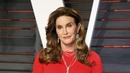 Caitlyn Jenner Pamer Foto Hidung Merah-merah, Indikasi Kanker Kulit?