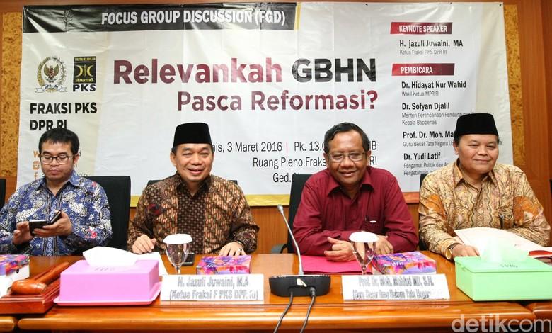 Ketua Fraksi PKS: Pembangunan Perpustakaan DPR Belum Tepat