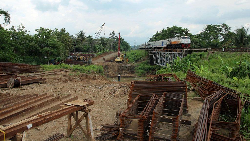 Pembangunan Jalur Kereta Ganda Lintas Selatan Jawa Dimulai
