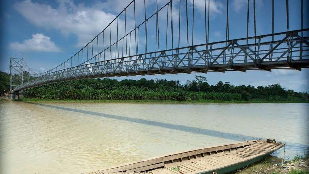 Siapkan Rp 150 M, Pemerintah Bangun 70 Jembatan Gantung Tahun Ini