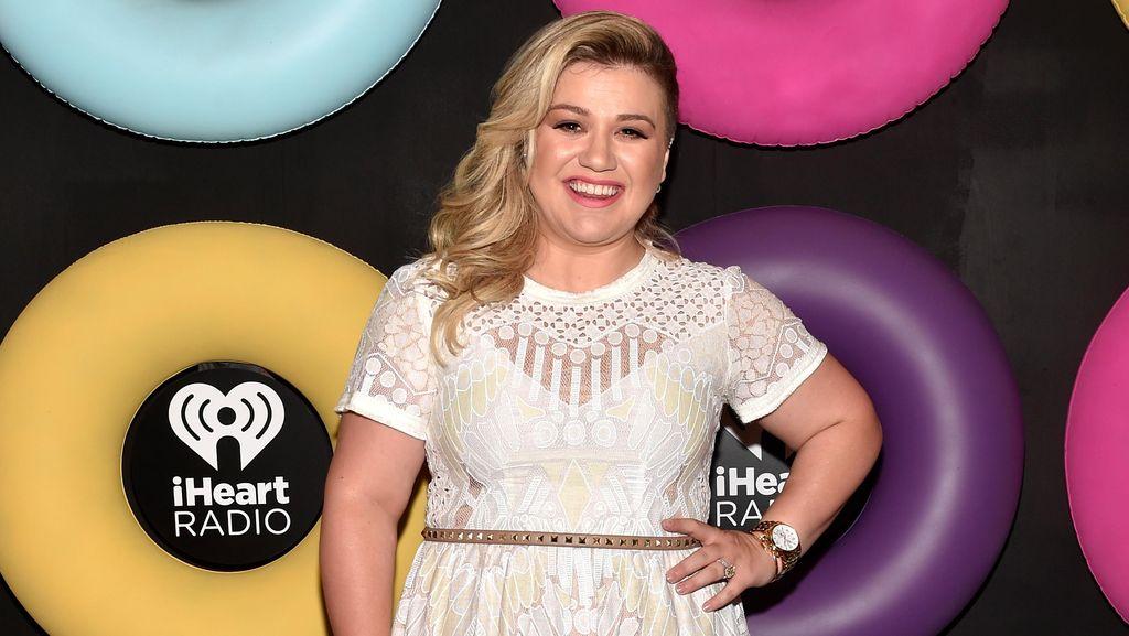 Cerita Kelly Clarkson Hadapi Komentar Pedas Soal Gemuk Usai Lahiran