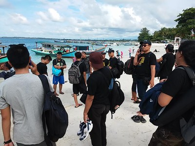Pantai Tanjung Kelayang, Saksi Akhir Perjalanan Laskar Gerhana Belitung