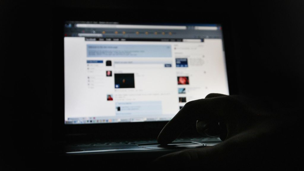 Kenal di Facebook, Gadis Depok Diperkosa Kuli Bangunan