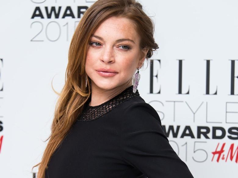 Lindsay Lohan Bela Produser Hollywood yang Lakukan Pelecehan Seksual