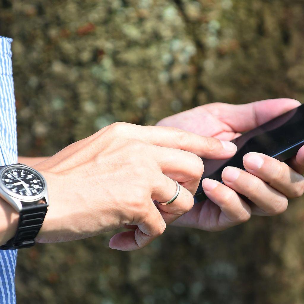 Ponsel Jarang Dipakai Kok Malah Rusak?