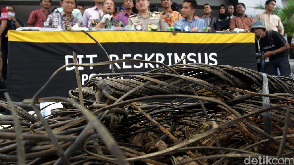 Polisi Gelar Rekonstruksi Pencurian Kabel di Medan Merdeka Selatan Besok