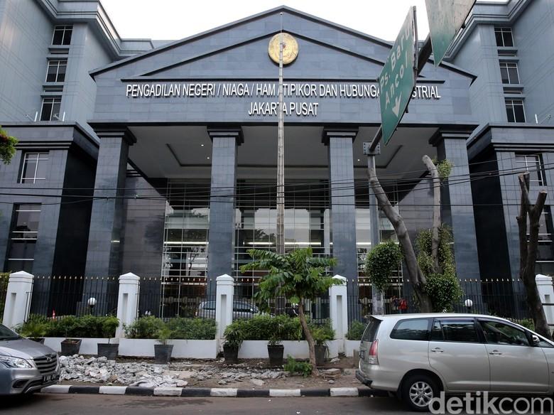 Saksi: Andi Minta Tim Fatmawati Pakai Produk Johannes Marliem