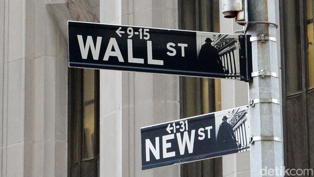Peluang Hillary Jadi Presiden AS Naik, Wall Street Lompat 2% Lebih