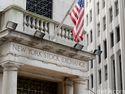 Wall Street Melonjak, Indeks S&P Cetak Rekor