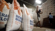 Bulog Operasi Pasar Hingga Mei Kucurkan 400.000 Ton Beras