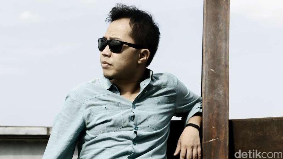 Juara Kompetisi Musik di Rusia, Sandhy Sondoro Bikin Indonesia Bangga