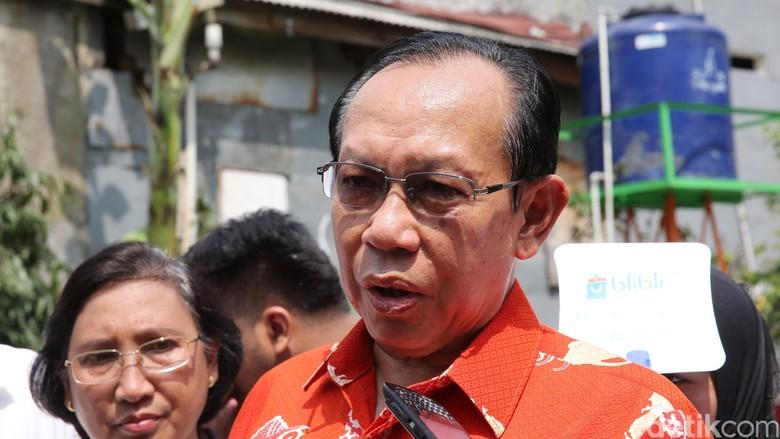 Jadi Tersangka Korupsi Alat Ini - Jakarta Kepala BKKBN Surya Chandra Surapaty menyebut dirinya dijebak dalam kasus dugaan korupsi pengadaan alat KB tahun anggaran