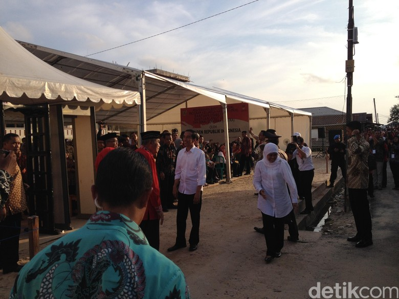 Khofifah Sudah Minta Izin Nyagub di Jatim? Jokowi: Baru Sedikit