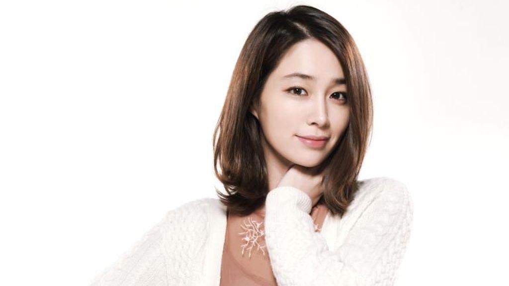 Ungkapan Perasaan Lee Min Jung yang Main Drama Lagi Setelah Jadi Ibu