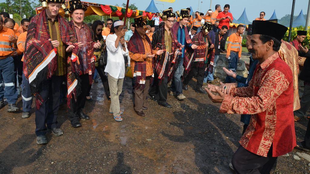 Orang Terkaya RI Kuasai Tambang Emas Martabe di Sumut