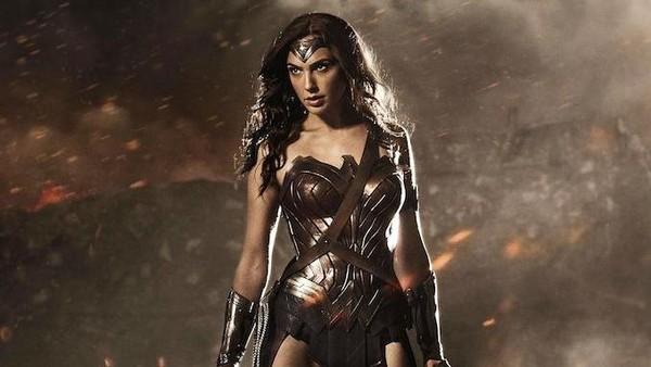 Melihat Masa Lalu Wonder Woman di Trailer Terbaru