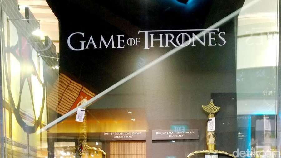 Melihat Pedang-pedang Asli Game of Thrones di #GoTAsiaWoW