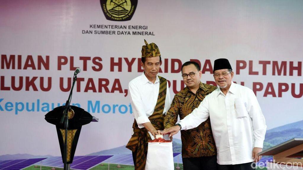 Jokowi Resmikan Pelabuhan Wasior dan Tujuh PLTS di Indonesia Timur