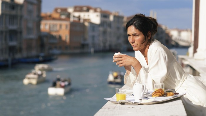 Sarapan adalah kunci melakukan diet yang sehat dan seimbang. Jika tak sarapan, Anda akan lebih cepat lapar dan akhirnya makan lebih banyak saat sarapan. Foto: thinkstock