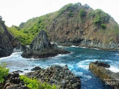 Semeti, Pantai Lombok Rasa Planet Krypton