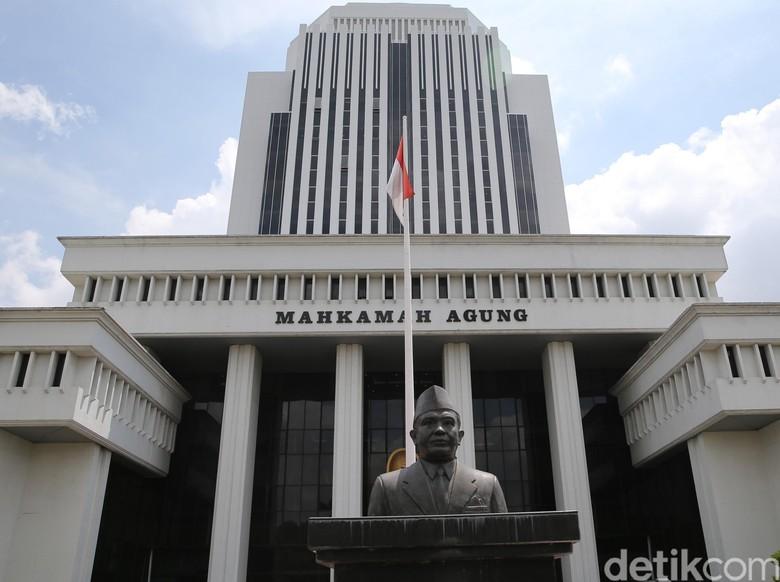 MA Bebaskan Terdakwa Korupsi dari Bengkulu