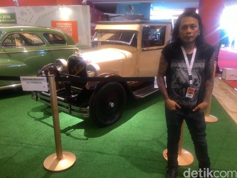 Kecintaan Jikun /rif dengan Mobil Klasik