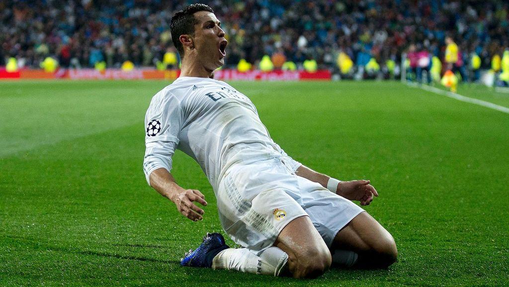 Ronaldo Memburu Rekor