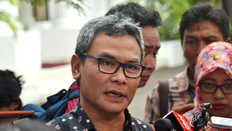 Johan Budi: Presiden Sudah Putuskan Nama KSAU yang Baru