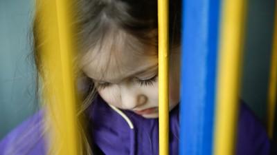 Saat Terlintas Hasrat Selingkuh, Ingatlah Anak Kita di Rumah...