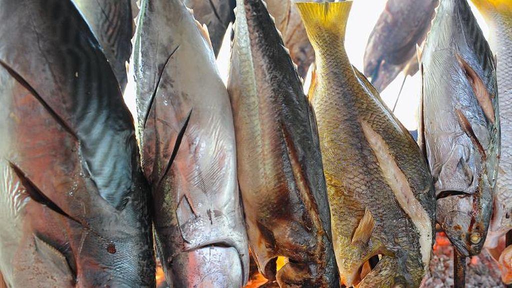 Minta Masyarakat Rajin Makan Ikan, Rizal Ramli: Tapi Jangan Ikan Asin