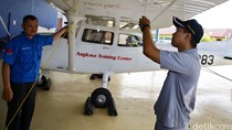 Calon Pilot dan Mekanik Lion Air Asah Kemampuan