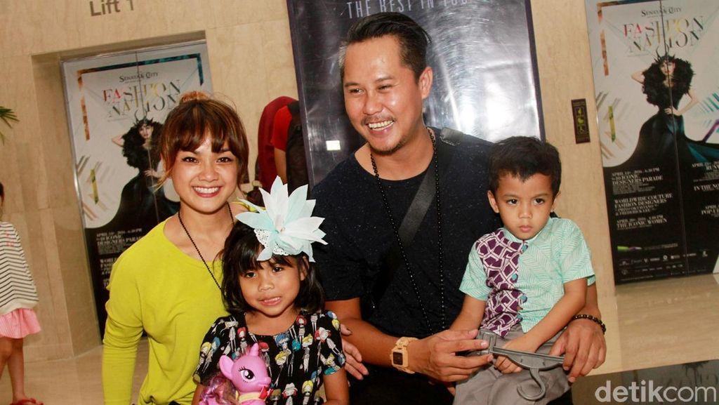 Jelang Puasa, Nirina Zubir dan Ernest Rasakan Perubahan dalam Rumah Tangga