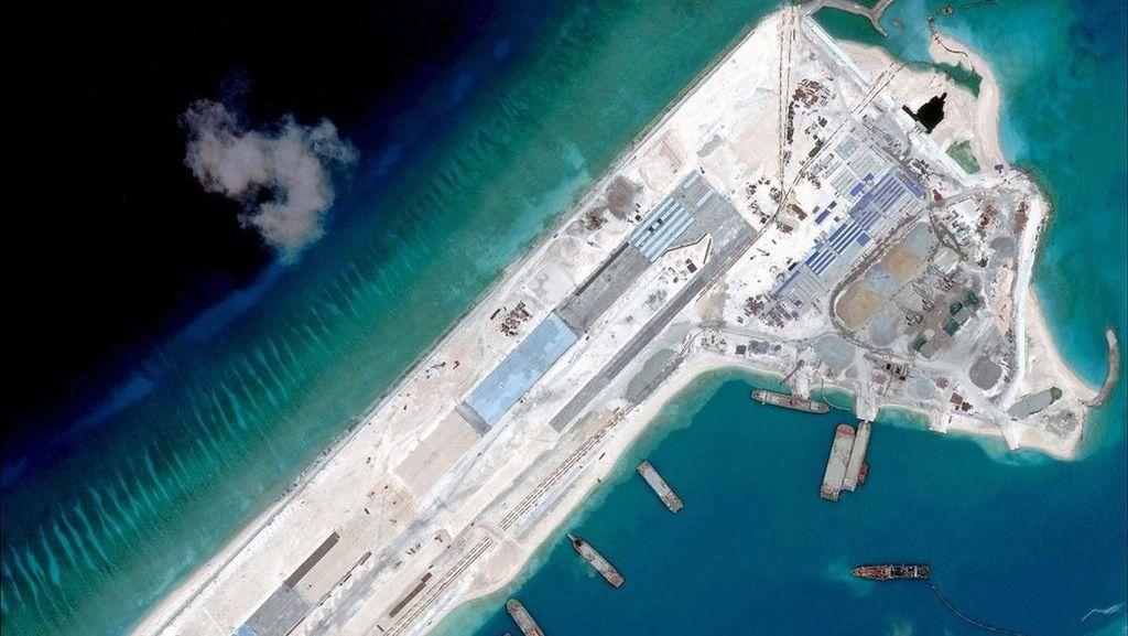 Pertama Kali, Pesawat China Mendarat di Pulau Buatan Laut China Selatan